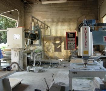 Vends entreprise de taille de pierre, marbrerie négociant en produit carrière, fumisterie image 1