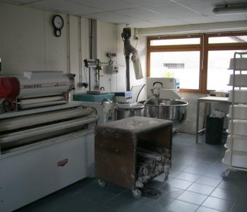 Vends fonds de commerce boulangerie-patisserie / vente ou location des murs image 2