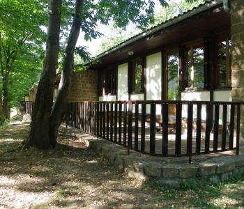 M0236- à vendre : Camping – chalets image 1