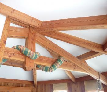 Vend entreprise charpente bois dans le meygal,proximitée N88 image 1