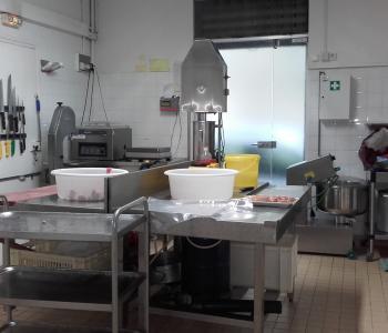 Vente d'une boucherie en centre ville de Béziers image 2