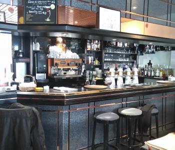 Vends Murs & Fonds d'Hôtel restaurant image 0
