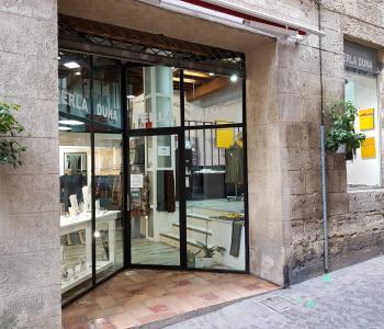 Vente d'une boutique de prêt à porter dans le centre ville de Béziers image 0