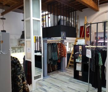 Vente d'une boutique de prêt à porter dans le centre ville de Béziers image 1