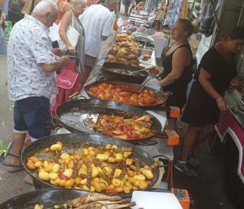 Vends Entreprise de rôtisserie et plats à emporter sur les marchés image 0
