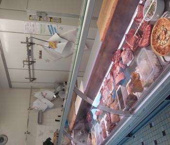 Vends boucherie charcuterie dans petit village du puy de dôme ; bonne affaire ; clientèle fidèle image 1